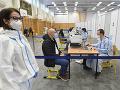 Očkovanie v prvom veľkokapacitnom krajskom očkovacom centre v Košiciach