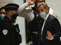 Francúzskeho exprezidenta Sarkozyho odsúdili