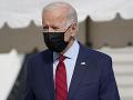 Biden chce v USA presadiť zákaz kúpy a predaja útočných zbraní