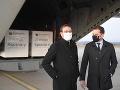Premiér Igor Matovič spolu s ministrom zdravotníctva Marekom Krajčím osobne privítali dodávku ruskej vakcíny Sputnik V.