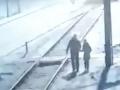 Otec chcel dcérke (†9) urobiť radosť k narodeninám: VIDEO Strašná smrť pod kolesami vlaku