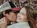 David Kraus našiel šťastie po boku modelky Sarah Opravilovej, Tá mu porodila dcérku, ktorej dali meno Ester.