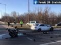 FOTO Tragická dopravná nehoda v Bratislave: 60-ročný motocyklista neprežil zrážku s autom
