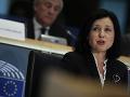 Eurokomisia vníma znepokojivý vývoj v oblasti médií v Maďarsku a Poľsku, hovorí Jourová