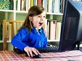 Bezpečné správanie na sieti: Prieskum ukázal, že 21 % detí nemá zabezpečenú kameru na počítači