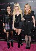 Madonna s dcérou Lourdes a herečkou Taylor Momsen