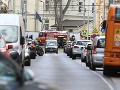 V Bratislave horela škola! VIDEO Evakuovali deti aj učiteľov