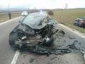Dopravná nehoda pri Beckove: Zrážka troch vozidiel, hrozivé FOTO