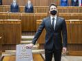 Poslanec za OĽANO upozornil na HOAXový prieskum, v ktorom vedie jeho hnutie: Pomenoval ho trefne!
