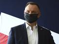 Za urážku poľského prezidenta hrozí známemu spisovateľovi trojročné väzenie
