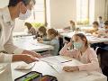 Viaceré organizácie bijú na poplach: Potrebujeme presný plán návratu detí do škôl