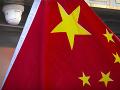 Čína uvalila odvetné sankcie voči britským osobnostiam a inštitúciám