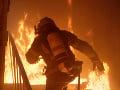 Tragický požiar obytného domu v Budapešti: Zomrel jeden človek