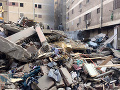 Počet obetí zrútenia budovy v egyptskom hlavnom meste sa zvýšil na 23