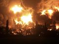 VIDEO Obrovská explózia v ropnej rafinérii: Najmenej 20 zranených