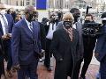 Proces v kauze smrti Floyda pokračoval úvodnými rečami obžaloby a obhajoby