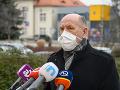 Riaditeľ Fakultnej nemocnice Nitra má siahať lekárom na platy