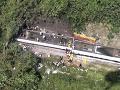 MIMORIADNE Na Taiwane sa vykoľajil vlak v tuneli, zomrelo najmenej 51 ľudí