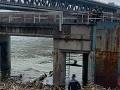 FOTO Hrozný nález v bratislavskom prístave: Pri Dunaji našli mŕtve telo neznámeho muža
