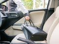 VIDEO Polícia varuje: Auto nie je výklad, pozor na krádeže počas sviatkov
