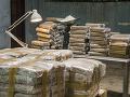 Belgickí colníci zadržali za šesť týždňov vyše 27 ton kokaínu