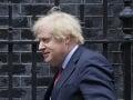 Britský premiér Johnson je znepokojený situáciou na ukrajinských hraniciach