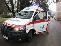 Záchranári mali včera rušno: Zasahovali pre problémy s alkoholom, v bezvedomí bolo len 13-ročné dievča