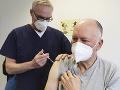 KORONAVÍRUS Španielsko pokračuje v očkovaní AstraZenecou: Rozšírilo vekové rozpätie