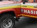 Hasiči zasahovali pri požiari auta pred domom v Českom Brezove