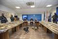 VIDEO Obrovský nález v dovolenkovom raji: Polícia zhabala zásielku kokaínu za 57 miliónov