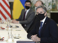 Stoltenberg a Blinken: USA a NATO neopustia Afganistan po odchode vojakov