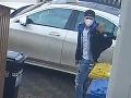 Mladík v Prahe ukradol
