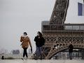 Počet úmrtí na KORONAVÍRUS vo Francúzsku prekročil hranicu 100-tisíc