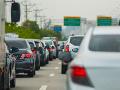 AKTUÁLNE Na viacerých úsekoch v Bratislave došlo k nehodám, vodiči hlásia zdržanie