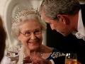 Kráľovná Alžbeta II. si