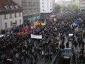 Stovky ľudí vyšli do ulíc: Prvomájové demonštrácie v Nemecku sprevádzali potýčky