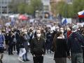 Prvomájové zhromaždenia a demonštrácie proti opatreniam v Česku prebehli pokojne