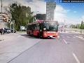 FOTO V Petržalke zrazil autobus MHD chodkyňu: Utrpela ťažké zranenia