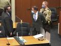 Štyroch expolicajtov obvinili z porušenia ústavných práv Georga Floyda