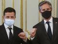Blinken vyzval Rusko, aby upustilo od agresie: Zelenskyj sa obáva, že Ukrajine hrozí nebezpečenstvo
