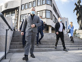Kotlebovo veľké ODHALENIE: Priatelia, odpadnete! Agenti tajných služieb chcú rozpad jeho strany