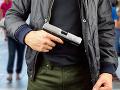Polícia objasnila lúpež so zbraňou v bratislavskom bytovom dome