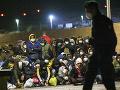 Brusel vyzval členské štáty EÚ, aby pomohli Taliansku: K brehom krajiny dorazilo viac ako tisíc migrantov