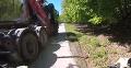 Jazda na bicykli sa zmenila na chvíle hrôzy: VIDEO Neďaleko Bratislavy vyčíňal šialenec na nákladiaku