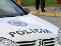 Polícia obvinila mladého vodiča: Pod vplyvom alkoholu zdemoloval značku