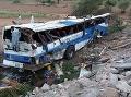 Tragická nehoda v Pakistane: Zahynulo najmenej 20 ľudí a ďalší sa zranili