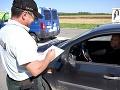 KORONAVÍRUS Polícia pokračuje v nesystematických kontrolách na hraniciach
