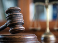 Súdna rada v stredu