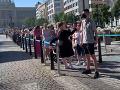 VIDEO Prahu zachvátilo nákupné šialenstvo: Rady kvôli otvoreniu nového obchodu známej značky!