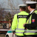 Lupiča z benzínky v Šulekove zastrelili samopalom!